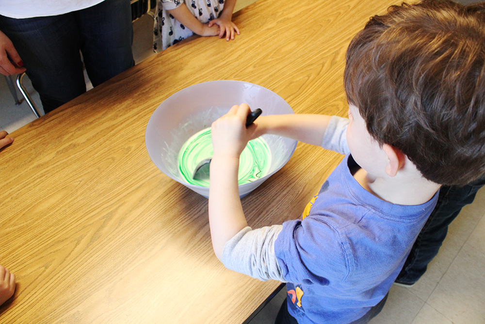 CNS-dr-seuss-silly-slime-stirring