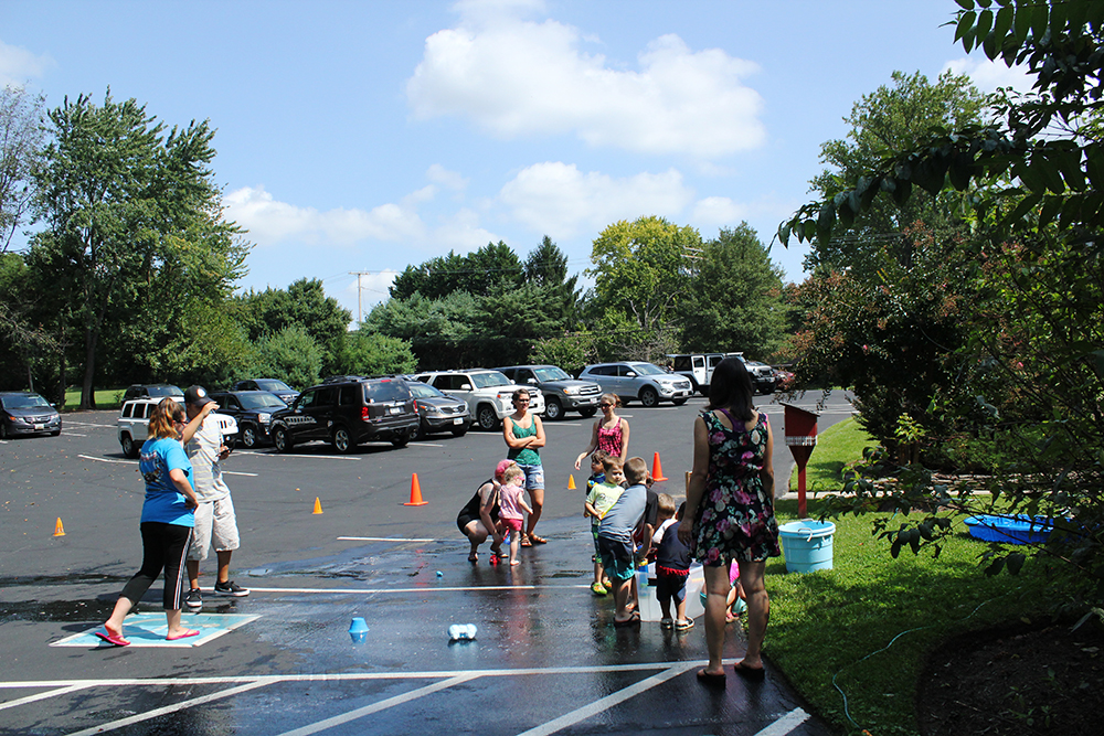 crofton-nursery-school-water-bash-play